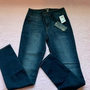 NWT Charlotte Russe skinny jeans